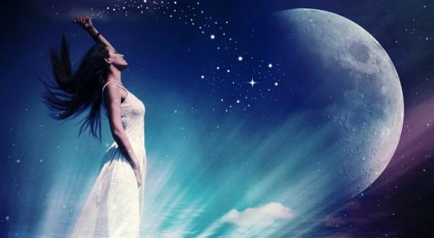 Menurut Astrologi, 3 Zodiak Berikut Paling Suka Menyendiri Lho!